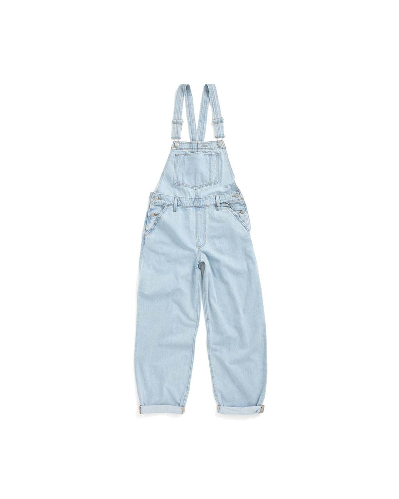 These overalls feature four pockets.