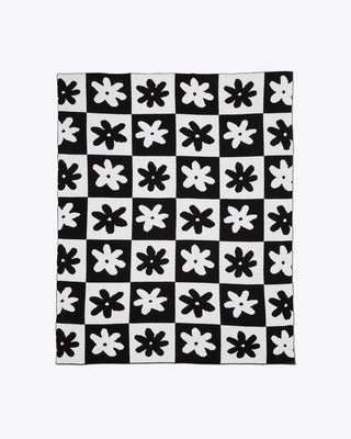 black and white daisy checkered pattern throw blanket