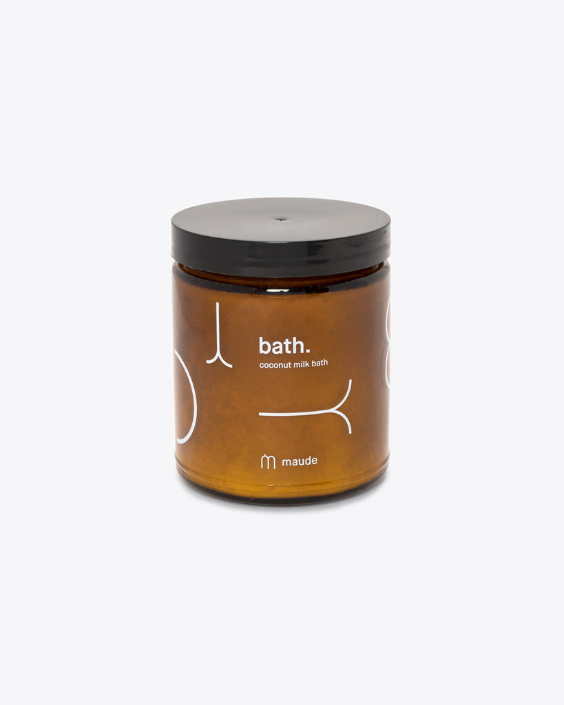Bath salts containing nourishing vitamins and minerals