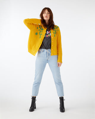 Naomi cardigan in yellow.