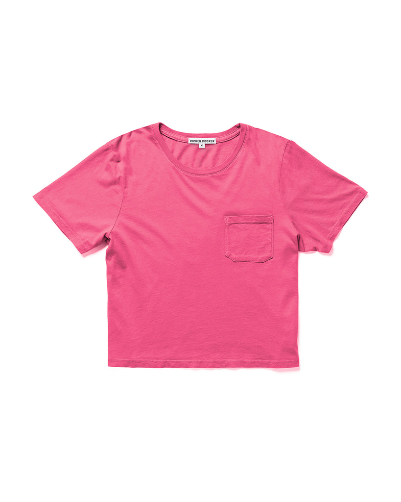 Boxy crop tee in pink.