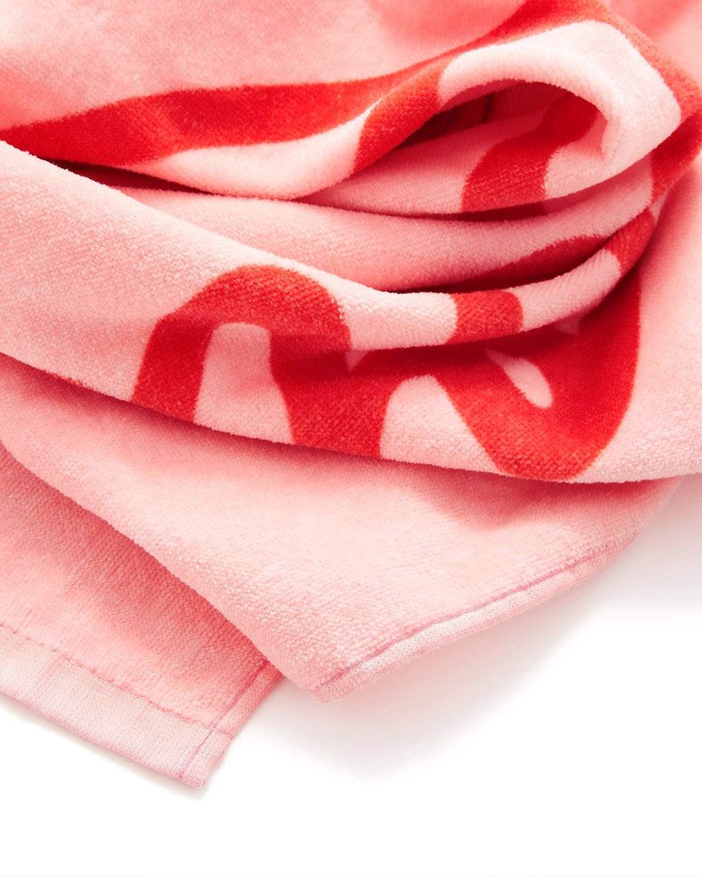 Made of extra-soft terry cloth, this towel is perfect for lounging.