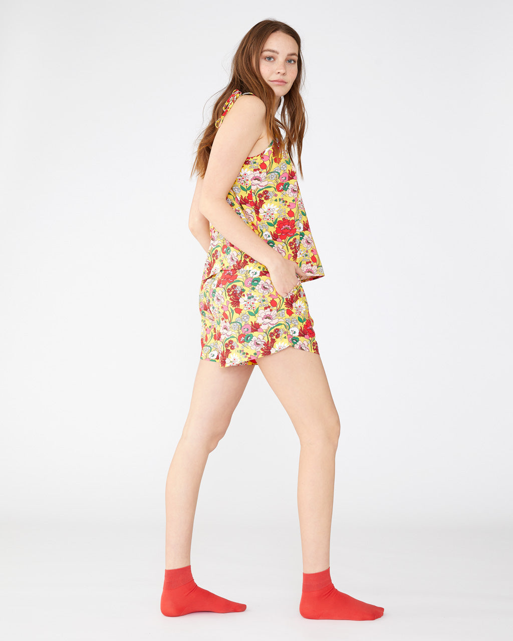 Sunshine super bloom chill shorts with side seam pockets