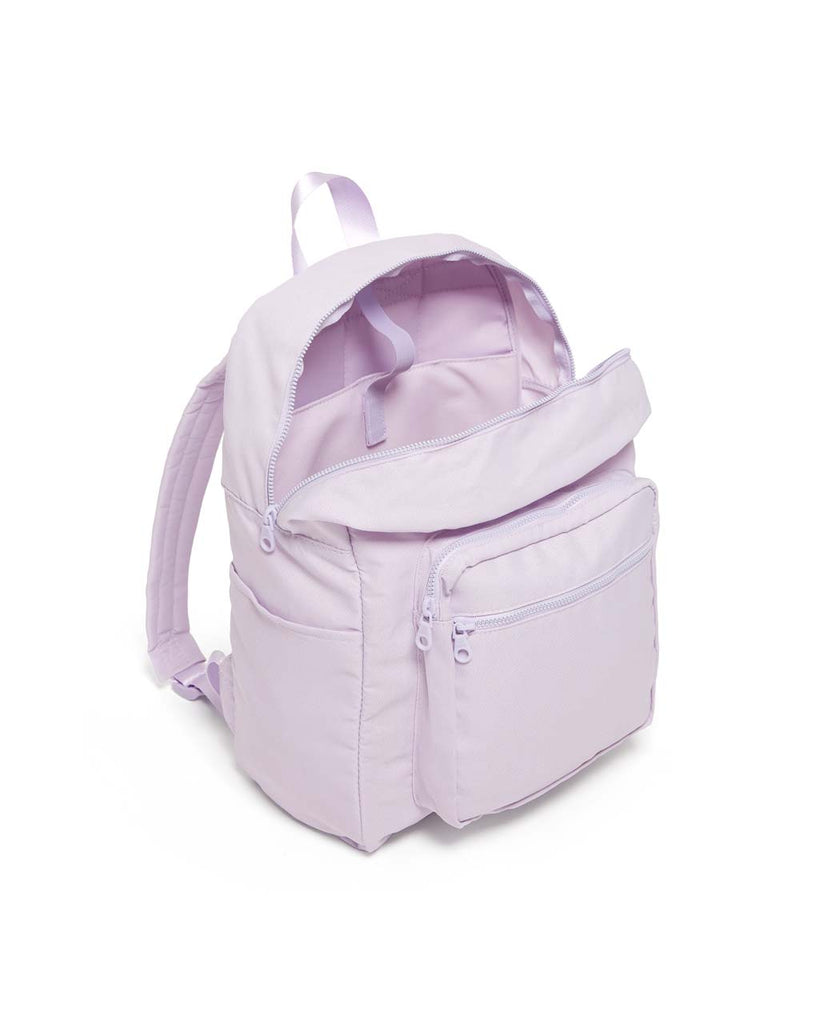 Features a front pocket, two side pockets, and large main compartment.