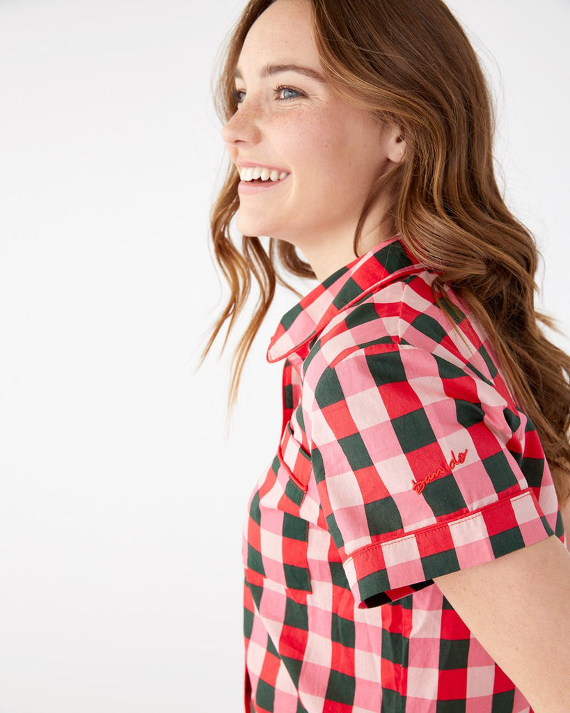 Short sleeve leisure top in buffalo plaid.