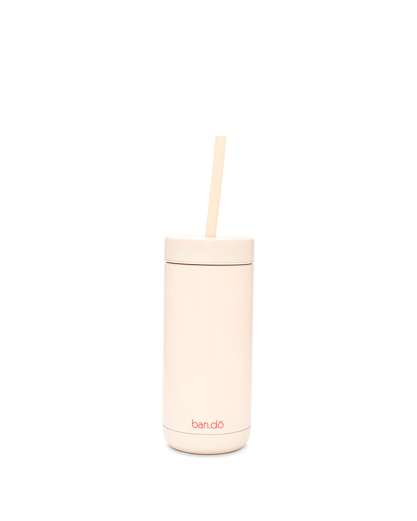 Hard plastic lid and soft silicone straw are BPA, lead, and phthalate-free.