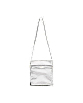 This crossbody bag comes in shiny metallic silver design.