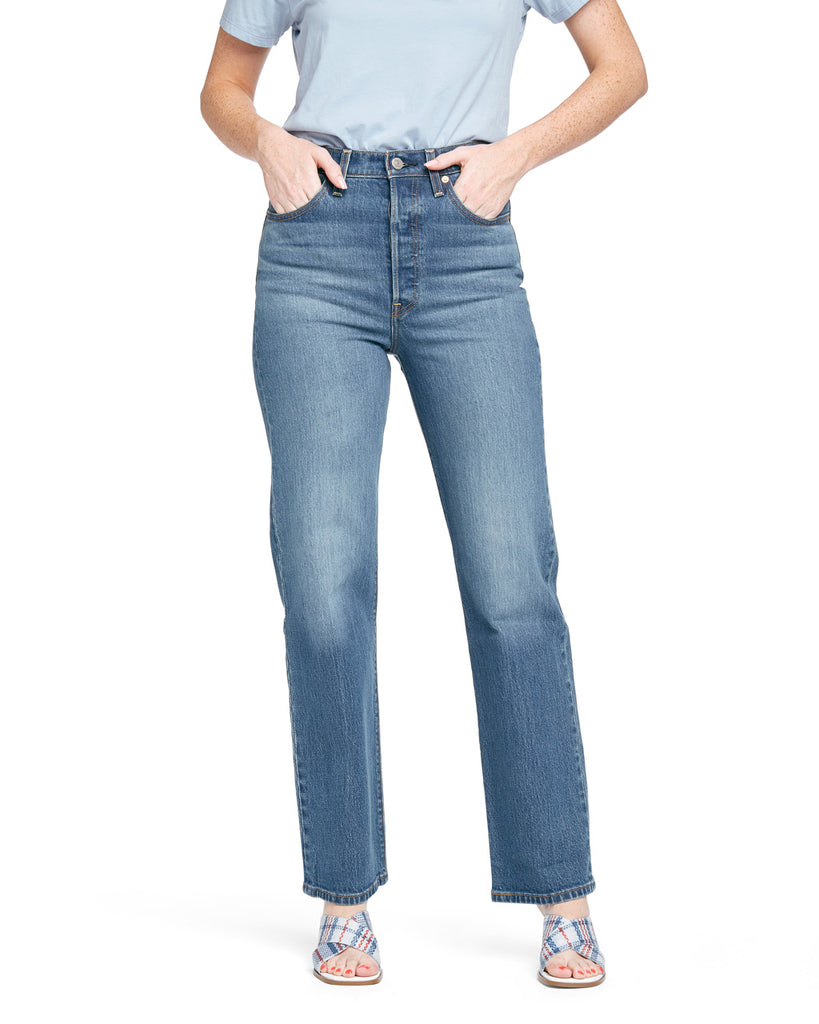 These Ribcage Straight Jeans by Levi's come in a faded-wash blue.