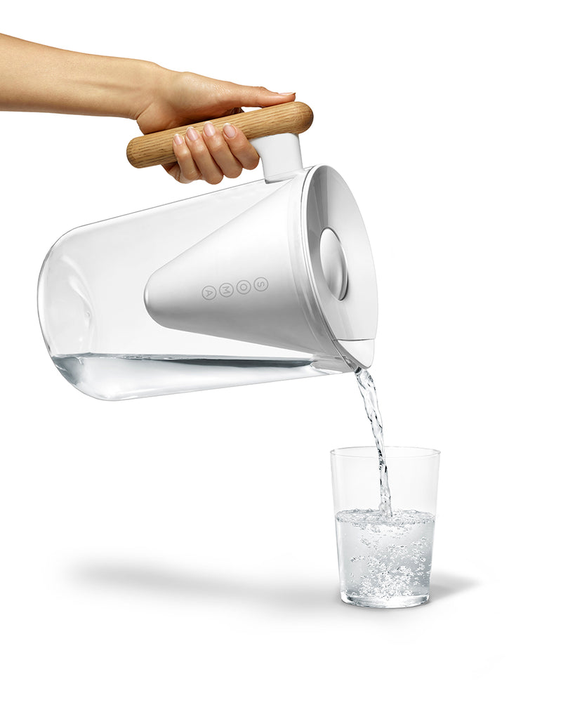 10 cup water pitcher with water