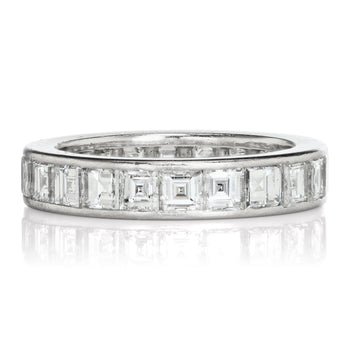 Carré Cut Eternity Band
