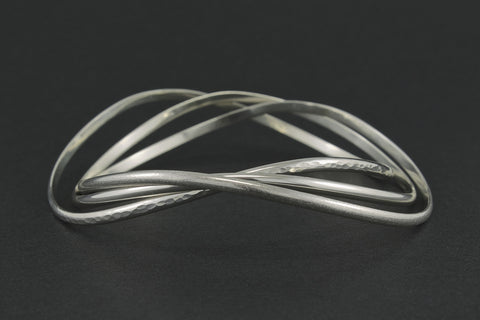 Wave Bangle - Set of 3