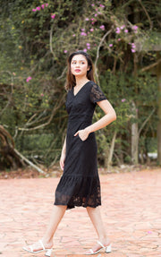 Savannah Lace Dress – Black
