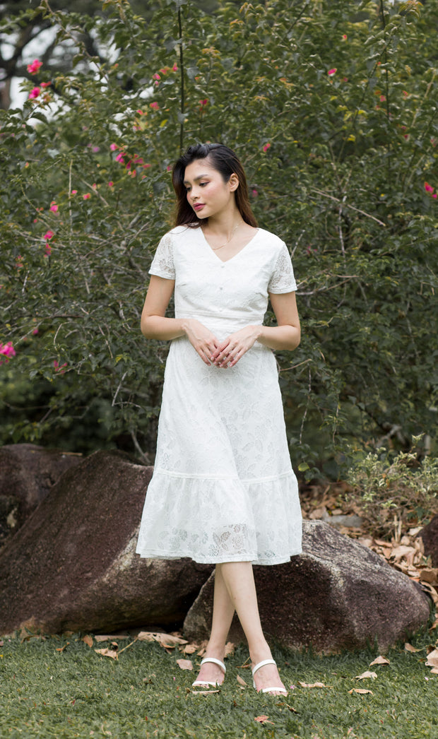 Savannah Lace Dress – White