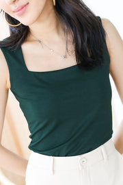 Luna Straight Cut Top – Emerald