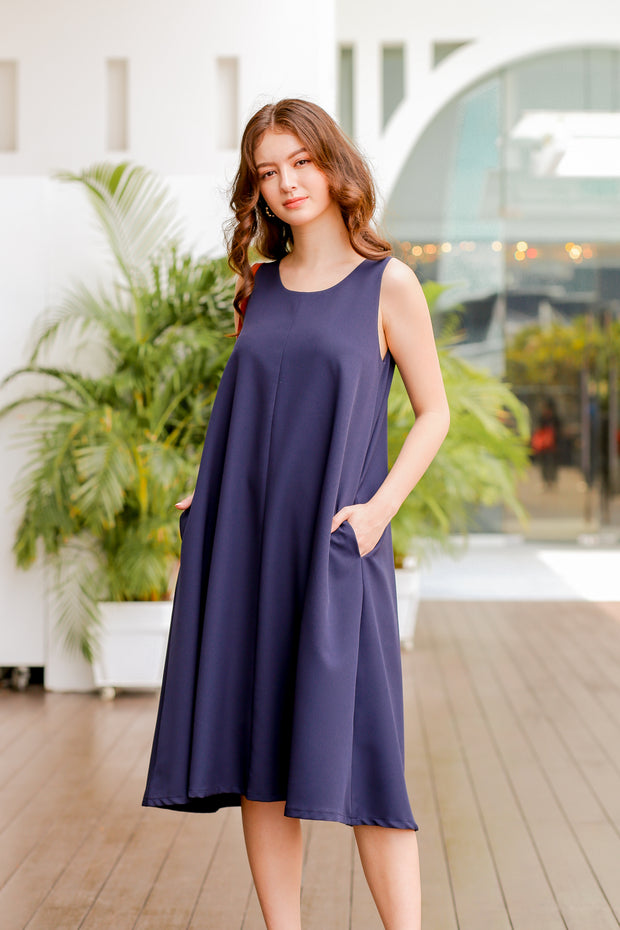 Keelin Sleeveless Dress – Navy