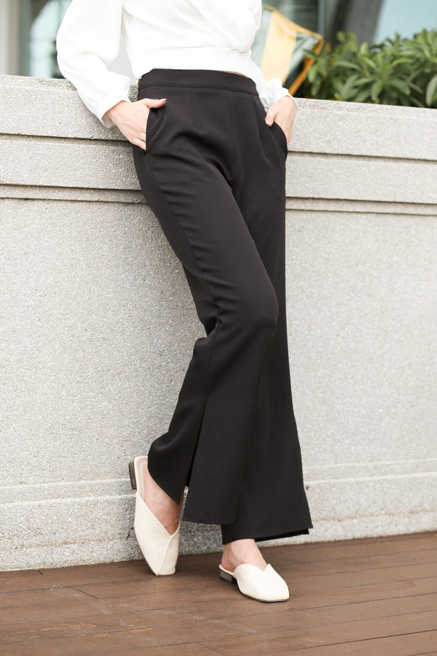 Dahlia Slit Pants – Black