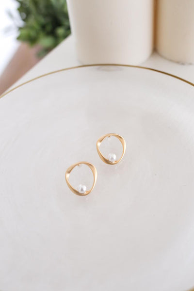 Circle Pearl Studs Earrings