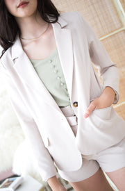 basic chic blazer with shoulder pads, beige, tortoiseshell button