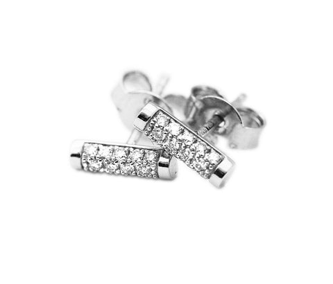 White gold set bar diamond stud earrings with 28 diamonds