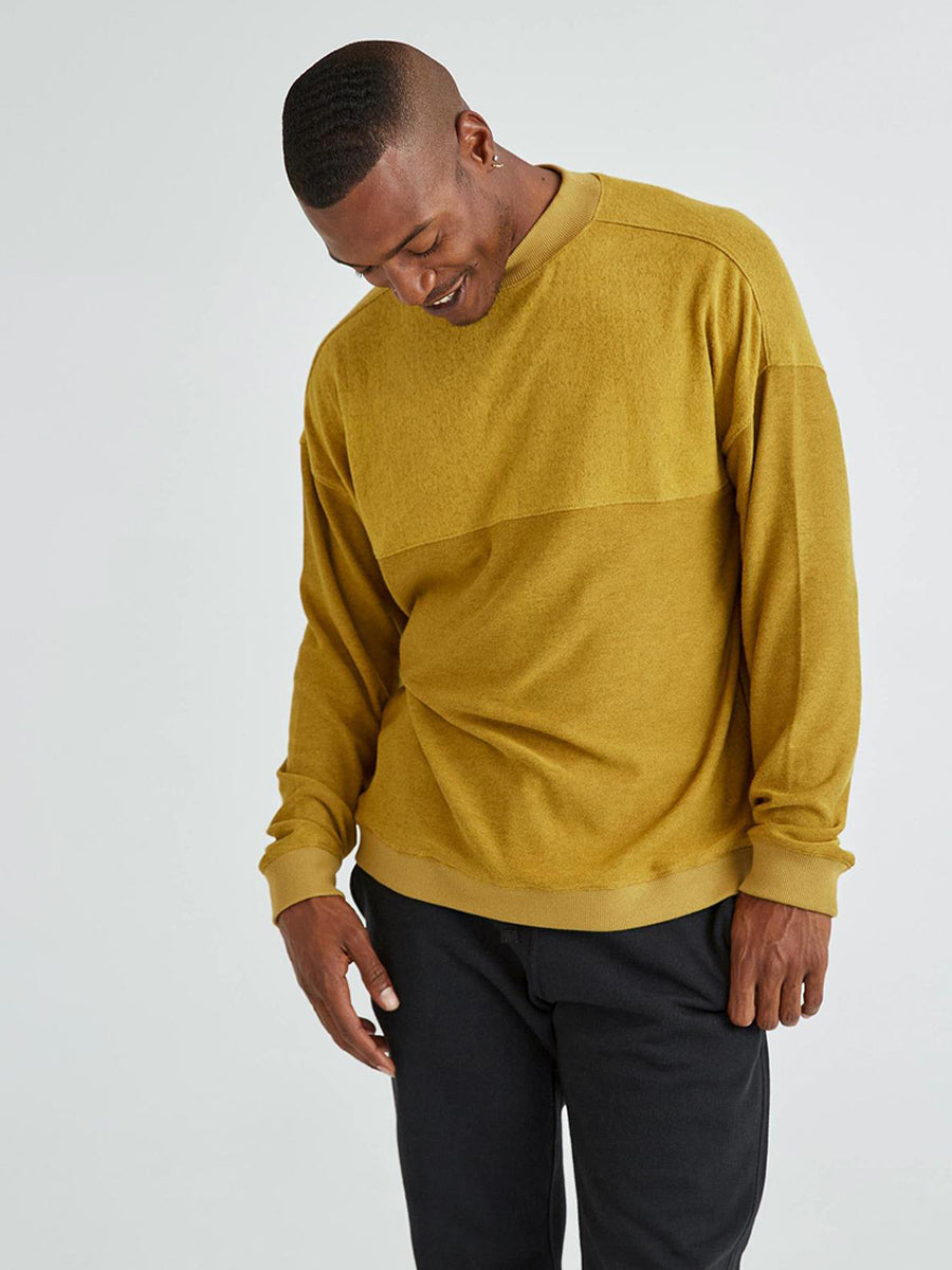 Men's Cozy Knit Long Sleeve Sweater - Golden Verde