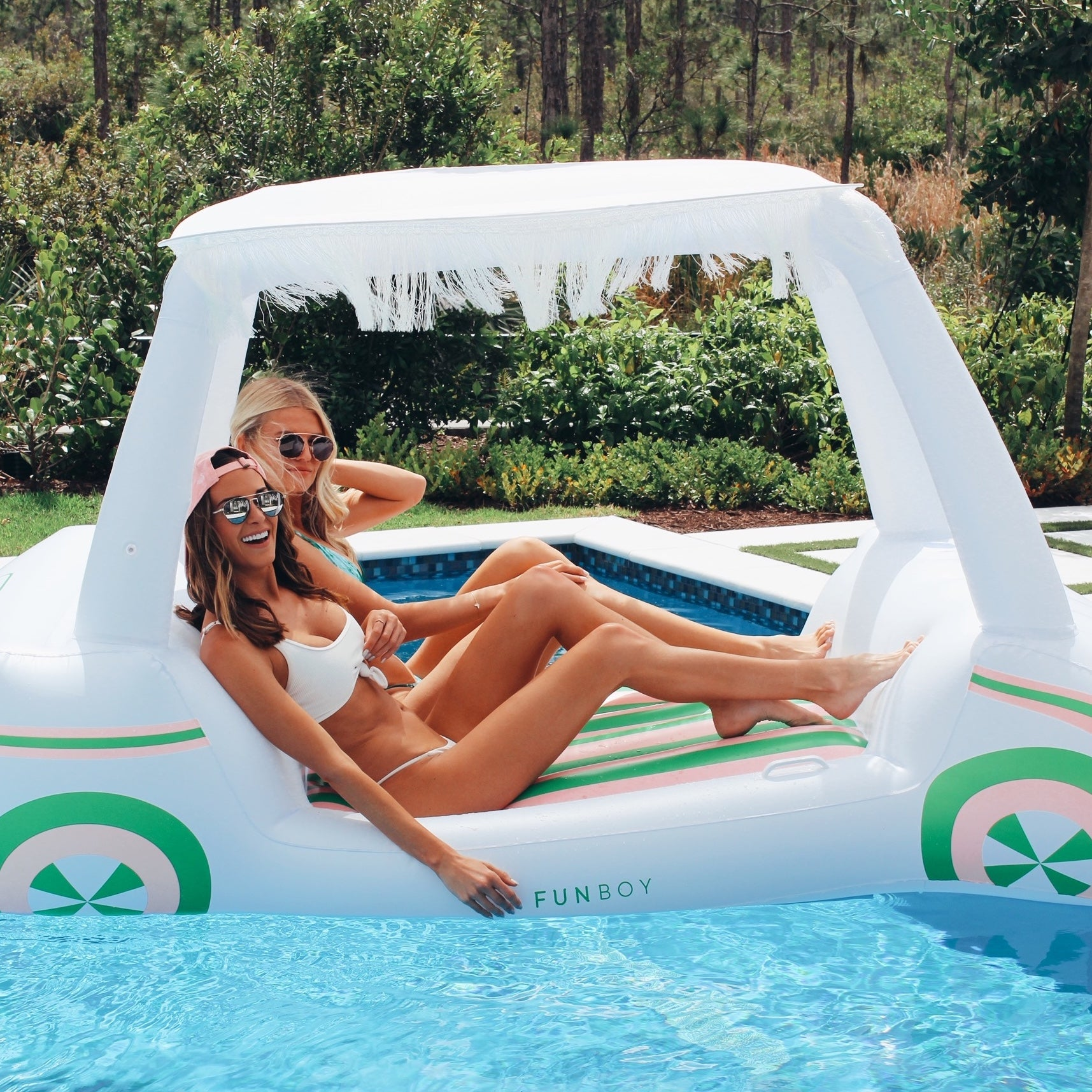 Jena Sims and Tori Slater on FUNBOY's new luxury Golf Cart Float!