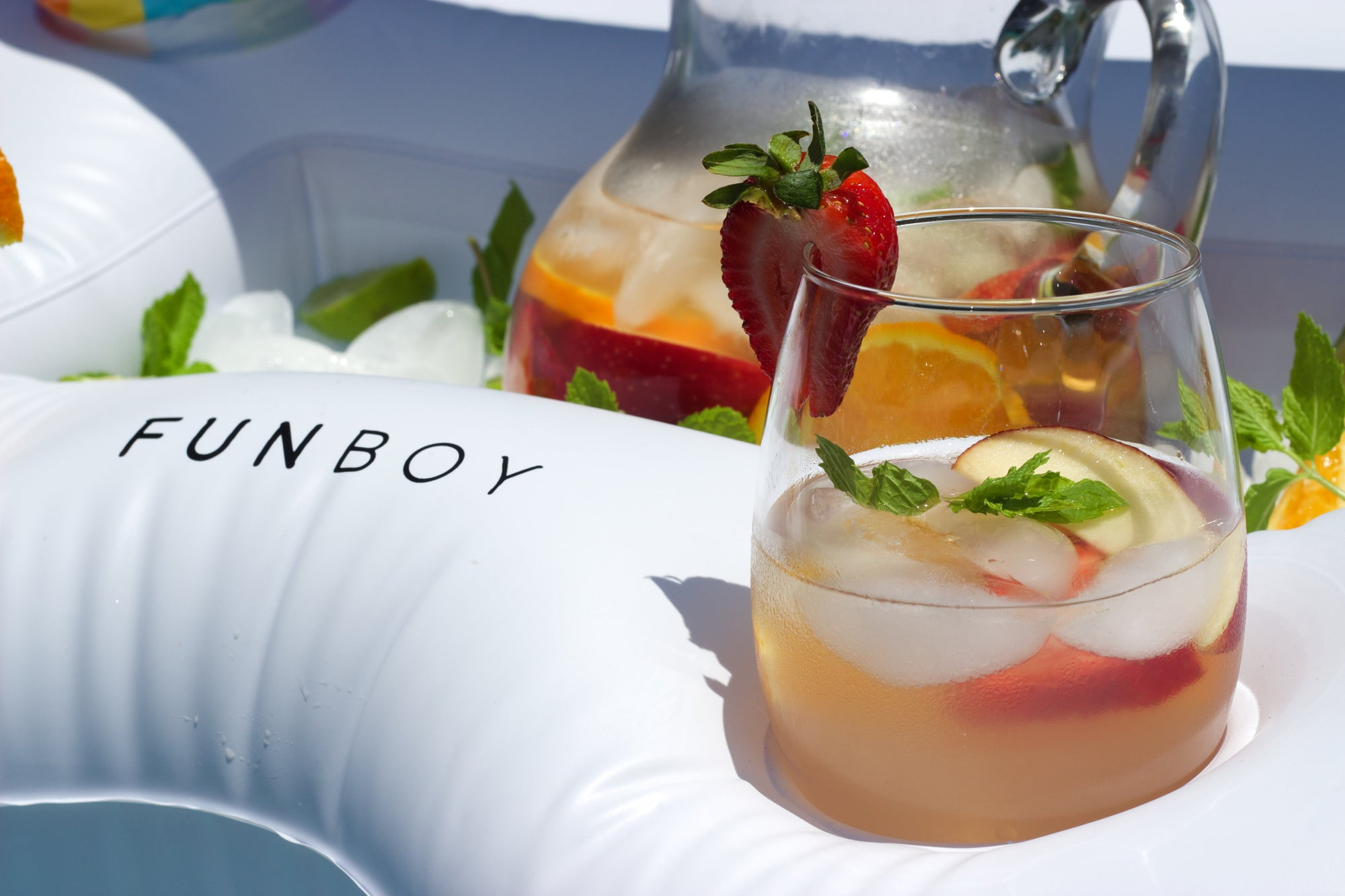 Perfect summer cocktails to float in every FUNBOY