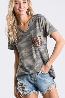 Camo sequin pocket tee