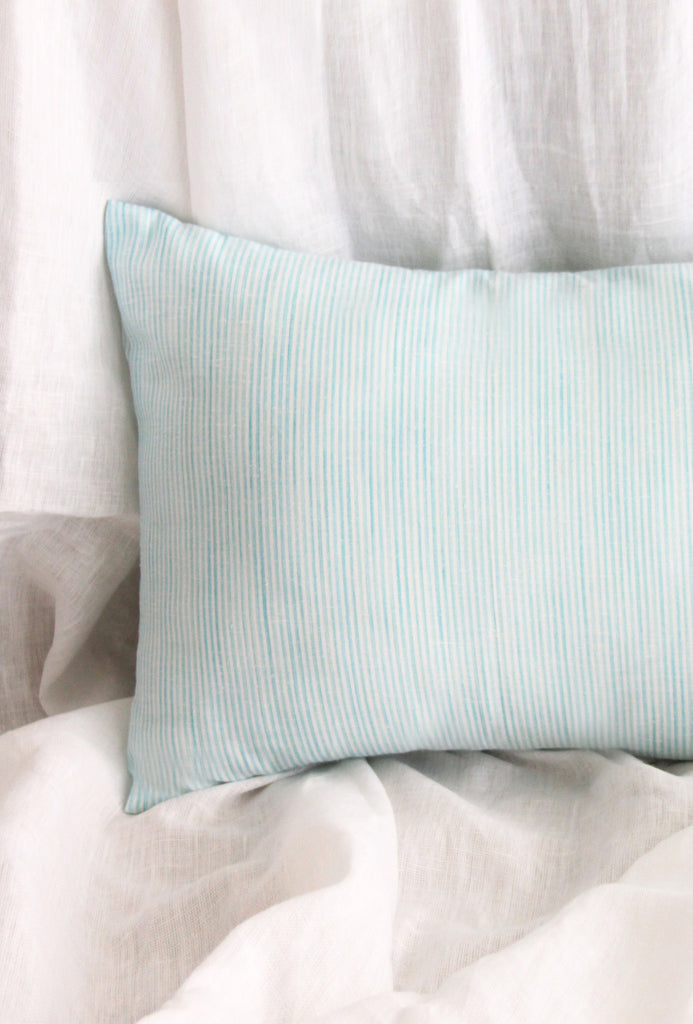 Cloud Line Long cushion with Filler