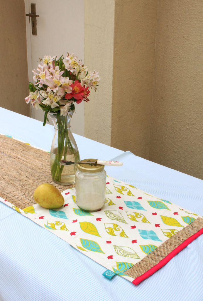 Windsong Table Runner