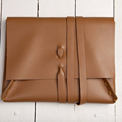 Essential Strap Closure Clutch