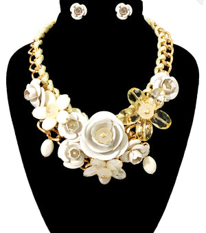 Rose Statement Necklace - The Jewelry Lady - 5