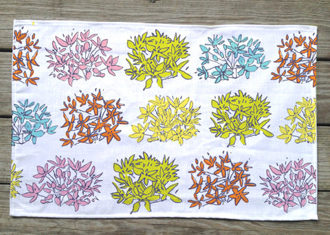 Dot to Dot Allium Placemat