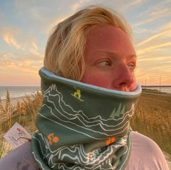 Snowboarding Reversible fleece Neck warmer.