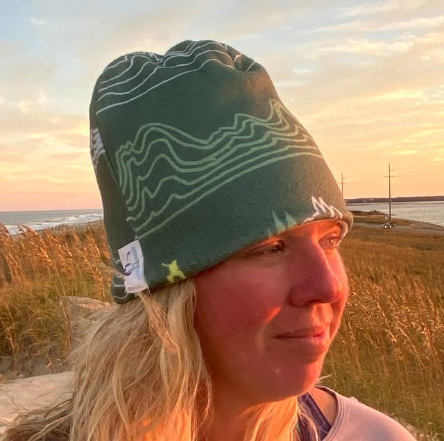 Reversible mountain bike beanie