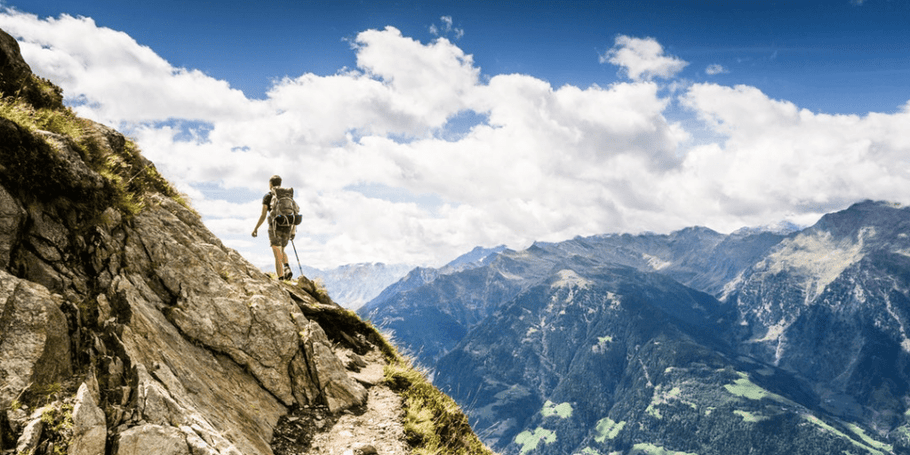 How to stay safe when hiking and exploring alone: tips and ideas