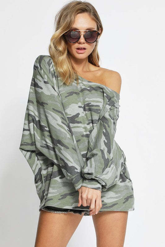 121918-Off Shoulder Camo Top