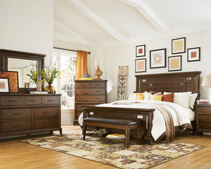 Luxurious Bedroom Ensemble