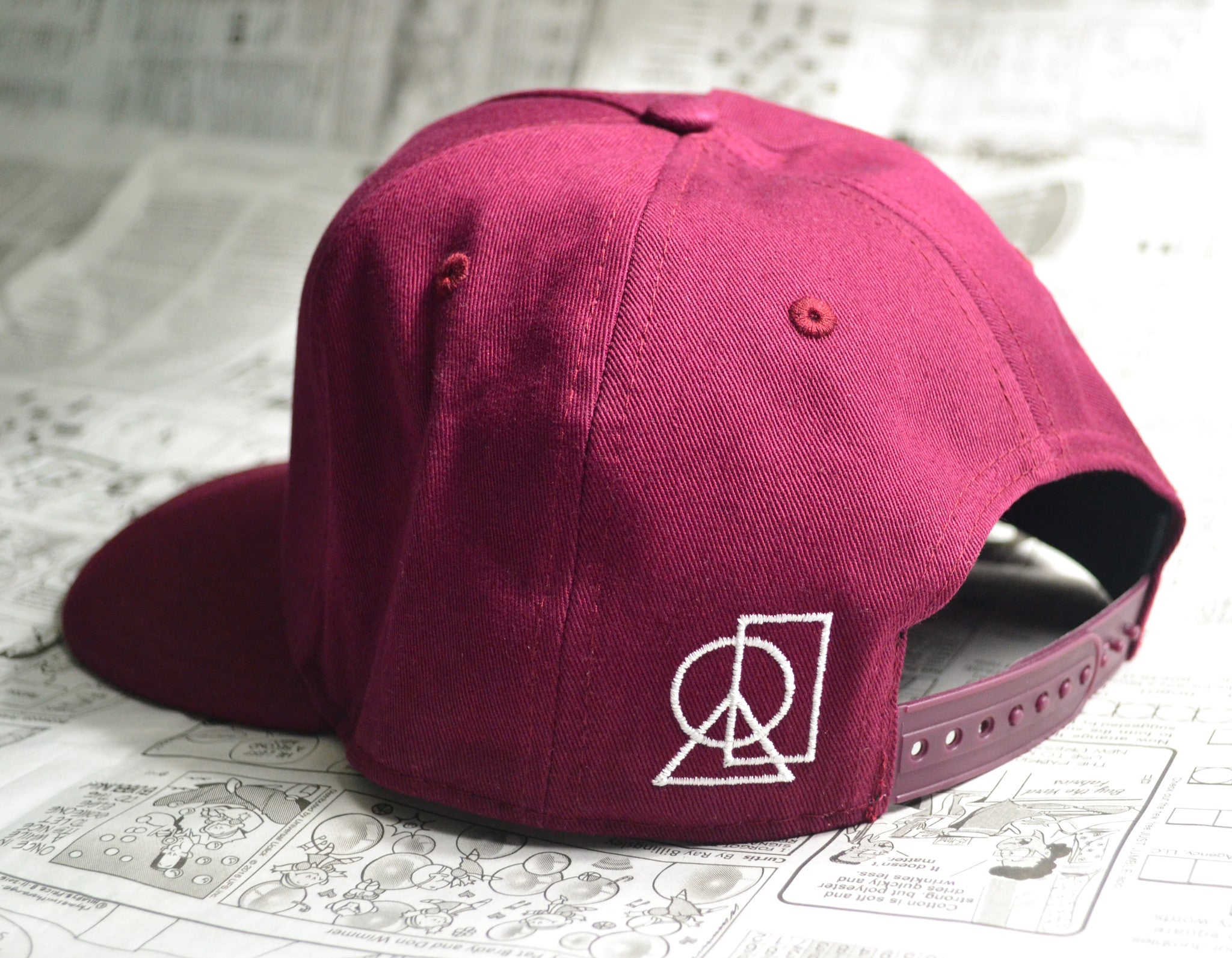 """DON'T LOSE SLEEP"" SNAPBACK (MAROON)"