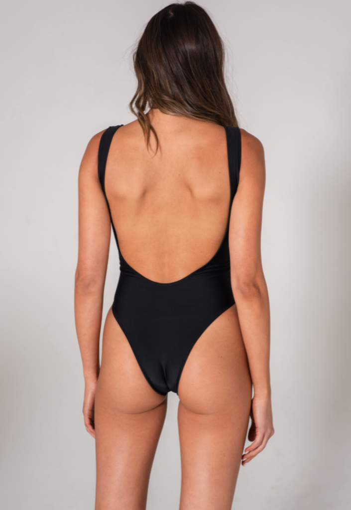 Knot One Piece - Black