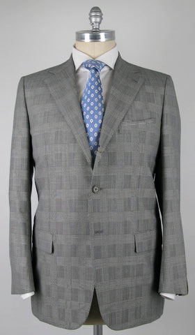 Luigi Borrelli Light Gray Suit – Size: 44 US / 54 EU