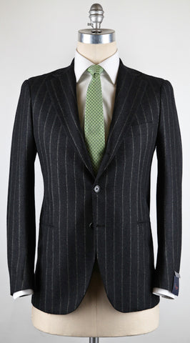 Donnanna Charcoal Gray Suit – Size: 44 US / 54 EU