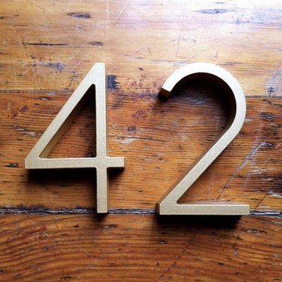 Cast Metal House Numbers & Letters - Ribbon Style