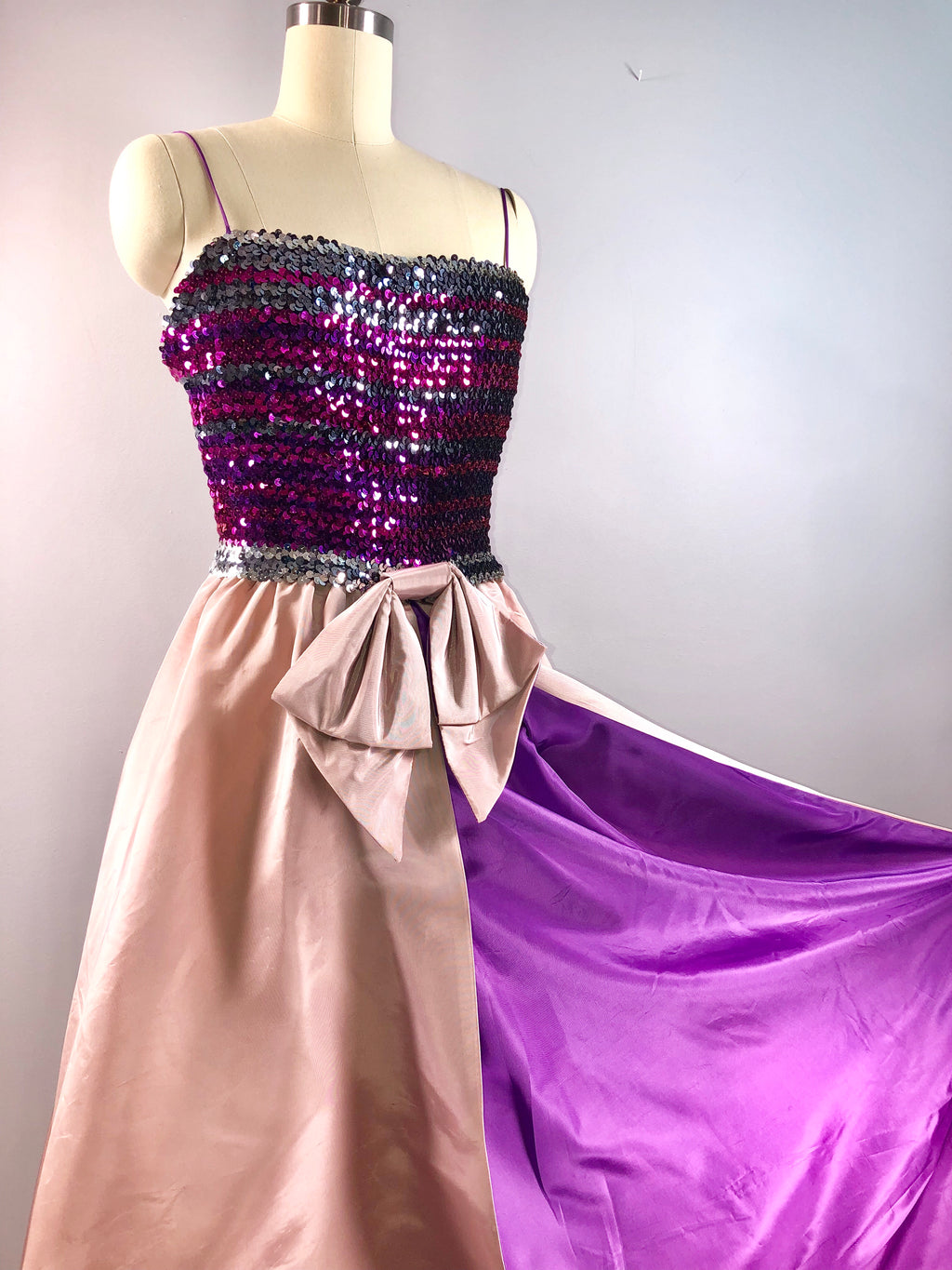 Patricia Green Couture 60s vintage 1960s Cocktail Party Dress Pink Purple Sequin 34 bust