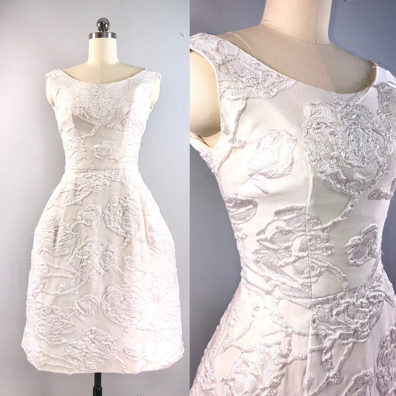 Philip Hulitar 50s Vintage 1950's White 3D Embroidered Rose Cocktail Party Dress 33 bust