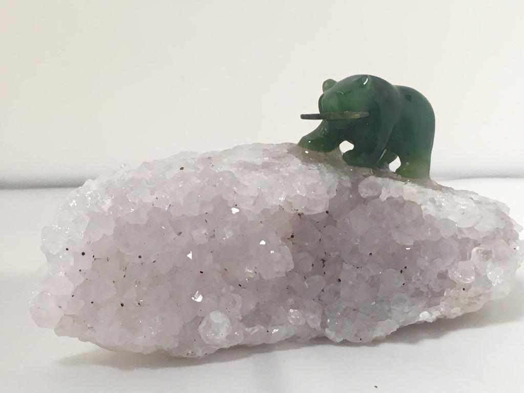 1 INCH JADE BEAR ON HIGH QUALITY AMETHYST