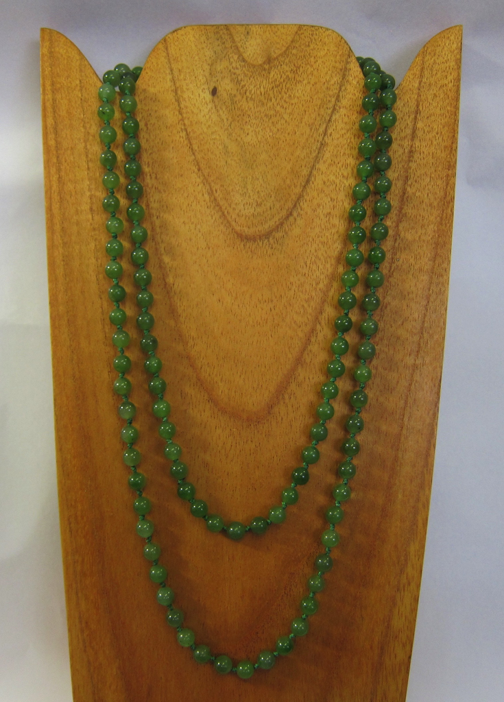 JADE BEADED NECKLACE, 45 INCH