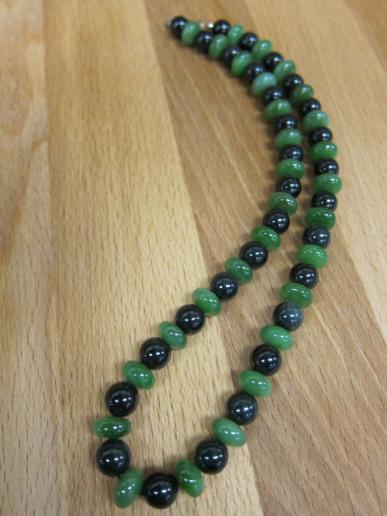 JEWELRY- JADE BEADS, ROUND, FLAT WITH BLACK JADE, 19 INCH
