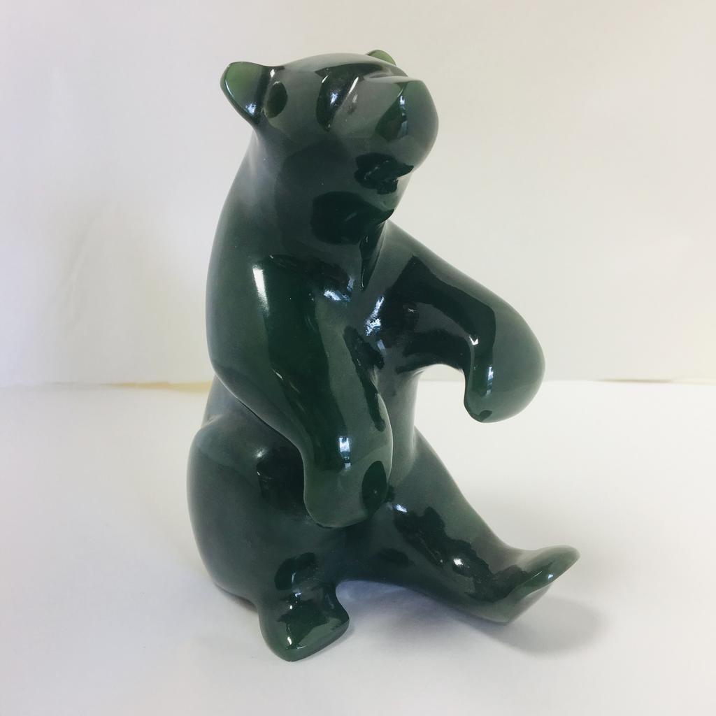 Jade sitting bear, carved by David Wong