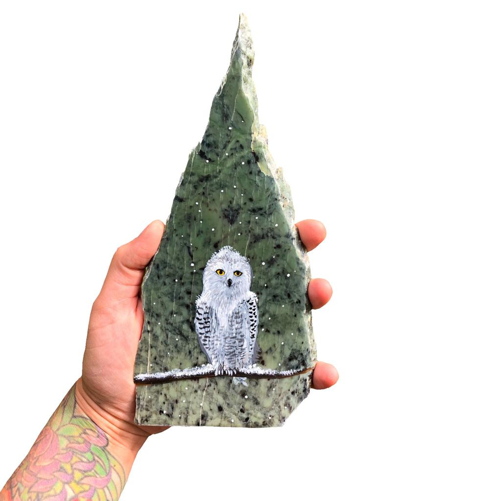 Snowy owl painting on jade, hand painted in Jade City