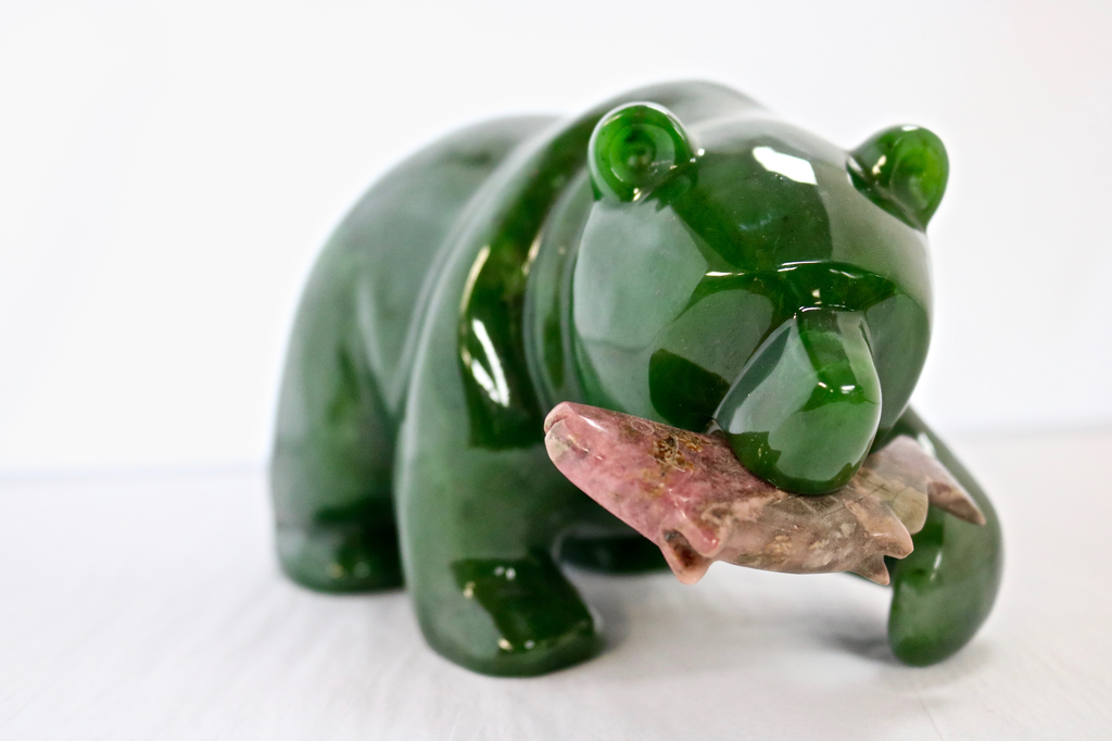 JADE BEAR WITH RHODONITE FISH, 6 INCH